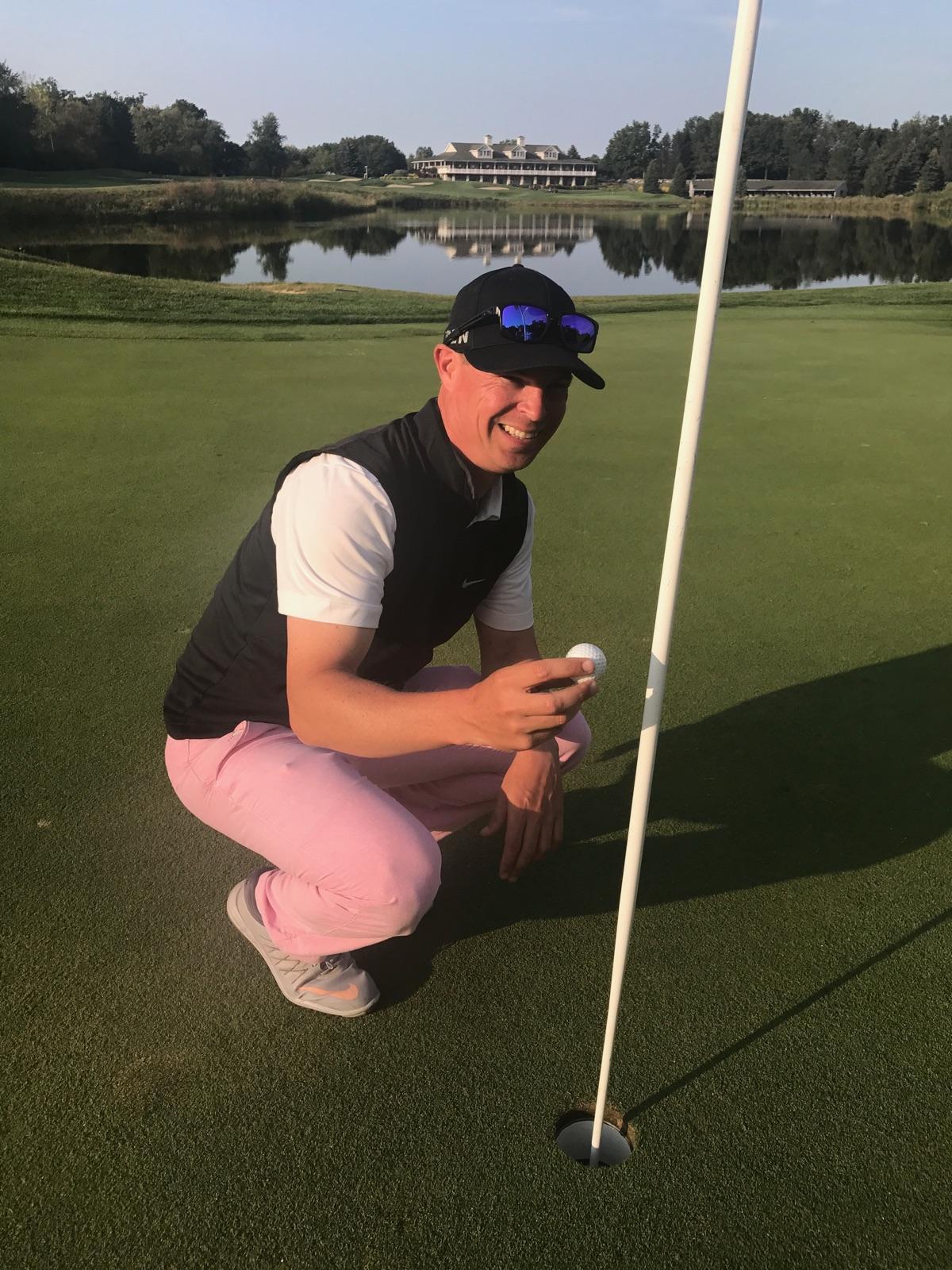 Nine, Wine and Dine Women's Golf Scramble